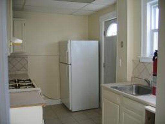 2 Dey St # 2, Montclair, NJ 07042