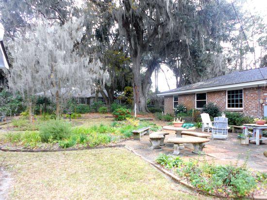 1462 Marlborough Way, Savannah, GA 31406