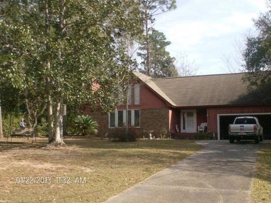 2157 Club House Dr, Lillian, AL 36549