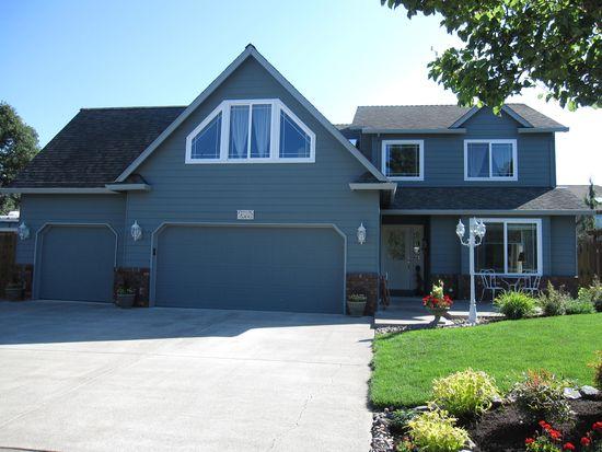 11798 Mahogany Ct, Oregon City, OR 97045