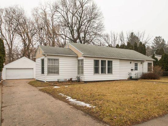 2118 1st Ave NE, Cedar Rapids, IA 52402