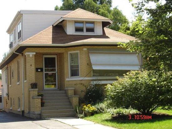 29 N Cornell Ave, Villa Park, IL 60181