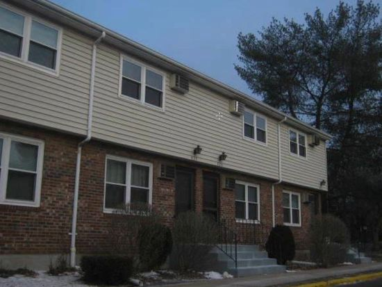 424 Blackstone Vlg, Meriden, CT 06450