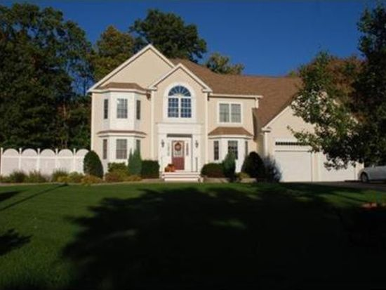 1 Meghans Way, Methuen, MA 01844