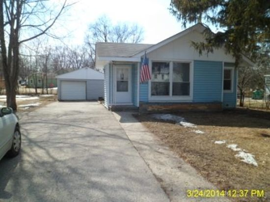 1604 Meadowbrook Dr, Round Lake Beach, IL 60073