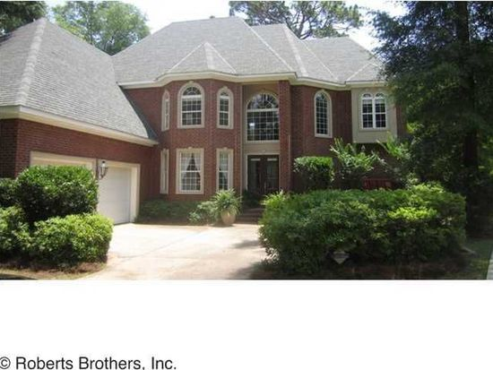 828 Country Club Ct, Mobile, AL 36609