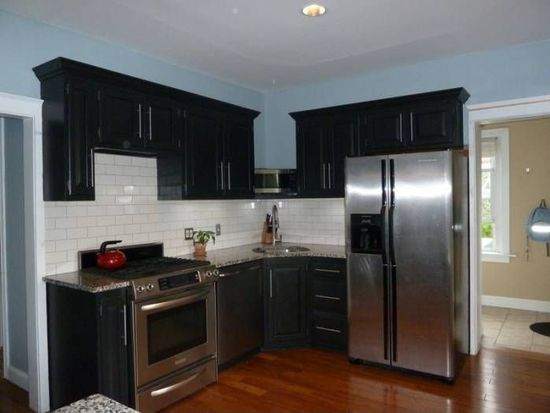 1331 Easton Rd, Hellertown, PA 18055