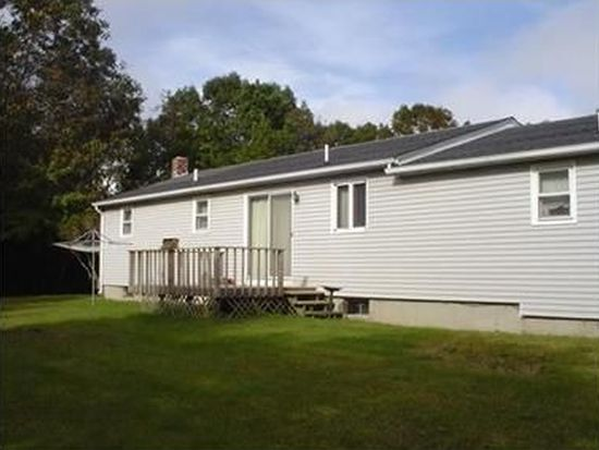 44 General Stanton Ln, Charlestown, RI 02813