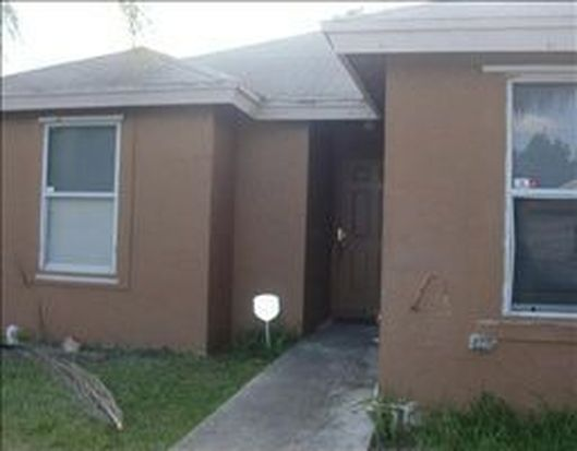 980 SW 7th Pl, Florida City, FL 33034