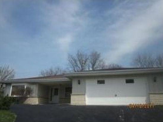 10S251 Hampshire Ln E, Willowbrook, IL 60527