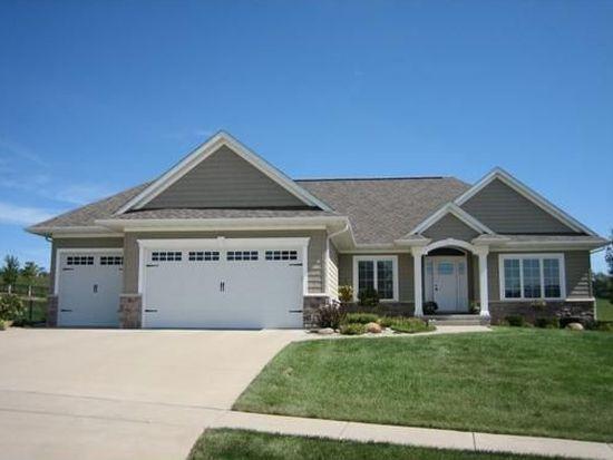 2860 Wildflower Rd, Cedar Rapids, IA 52411