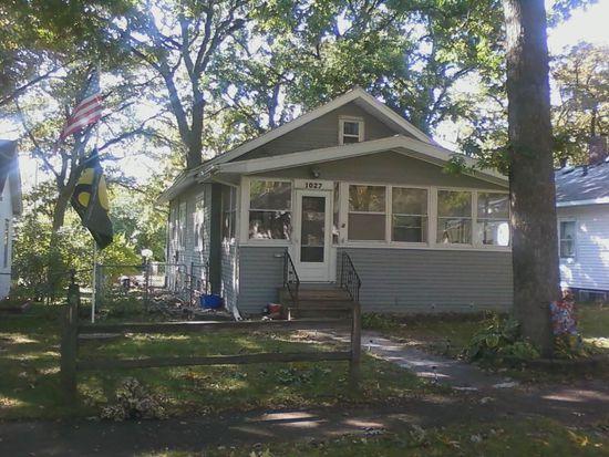 1027 Daniels St NE, Cedar Rapids, IA 52402