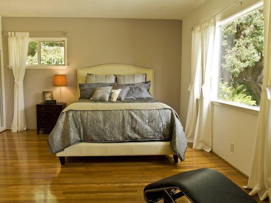1079 Alta Pine Dr, Altadena, CA 91001
