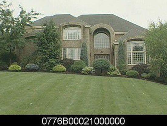 152 Thousand Oaks Dr, Pittsburgh, PA 15241
