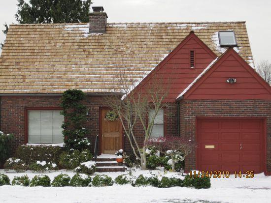 3635 Magnolia Blvd W, Seattle, WA 98199