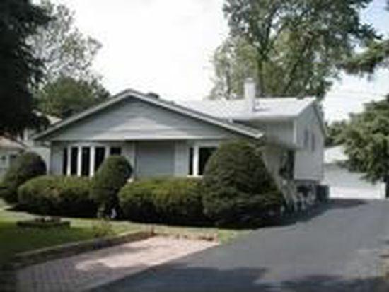 26W366 Harrison Ave, Winfield, IL 60190