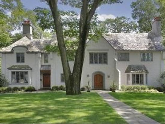 114 Old Chester Rd, Essex Fells, NJ 07021