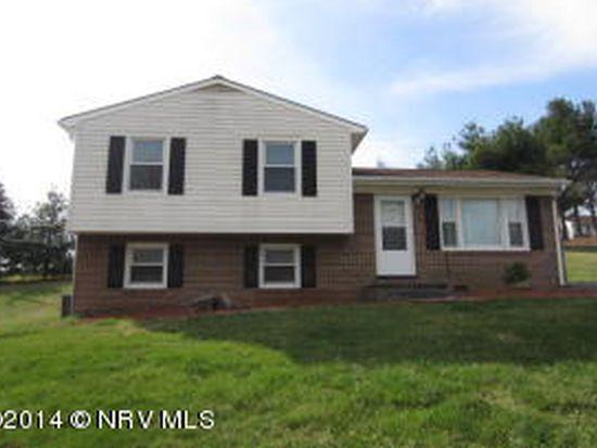 305 Maple Dr, Christiansburg, VA 24073