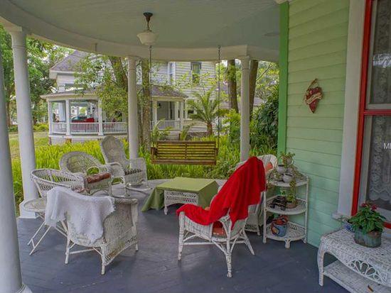 130 N Clara Ave, Deland, FL 32720