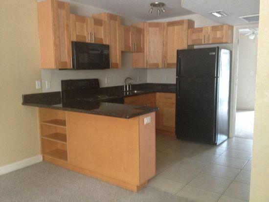 6822 S Shamrock Rd APT 210, Tampa, FL 33616