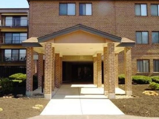3 Ledgewood Way APT 20, Peabody, MA 01960