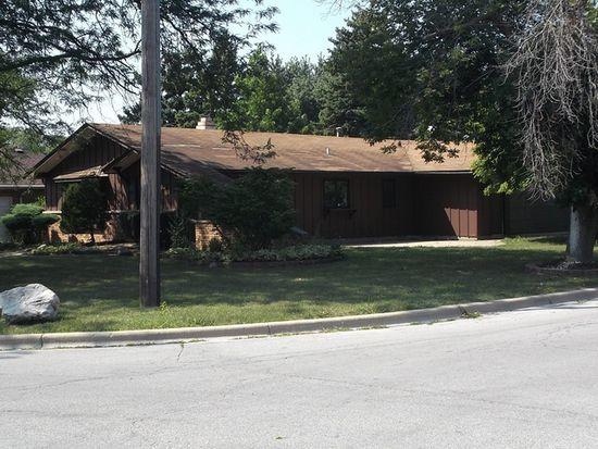 1036 Lehnertz Ave, Aurora, IL 60505