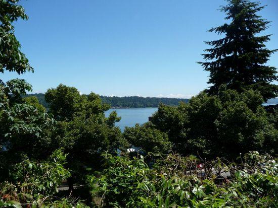 11210 Lakeside Ave NE, Seattle, WA 98125