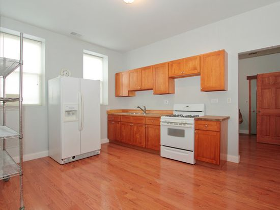 2135 S Western Ave, Chicago, IL 60608