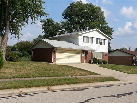 1899 Wilshire Dr, Xenia, OH 45385