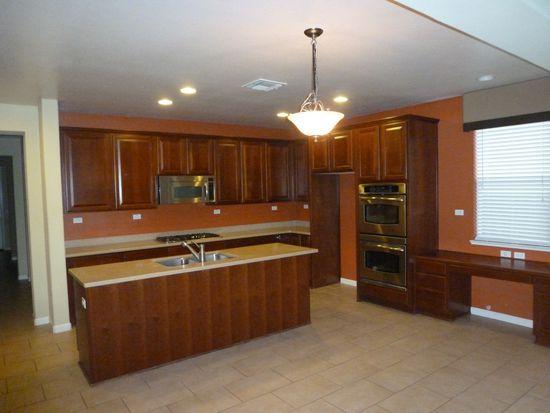 1102 Thornhill Ln, Lincoln, CA 95648
