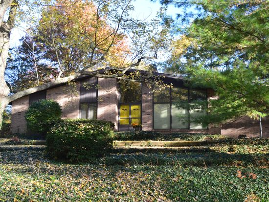 6626 Chester East Dr, Indianapolis, IN 46220