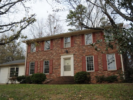 100 Peachtree Dr, Greer, SC 29651
