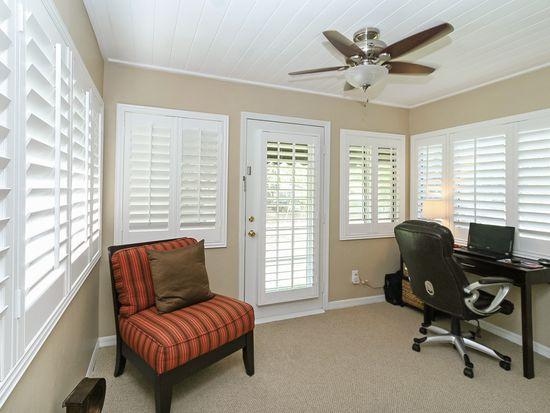 242 Oglethorpe Pl, Orlando, FL 32804