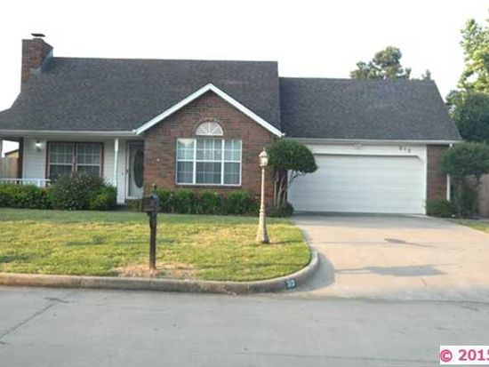 313 Heritage Dr, Fort Gibson, OK 74434