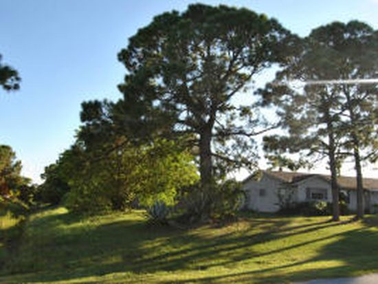632 NW Placid Ave, Port Saint Lucie, FL 34983
