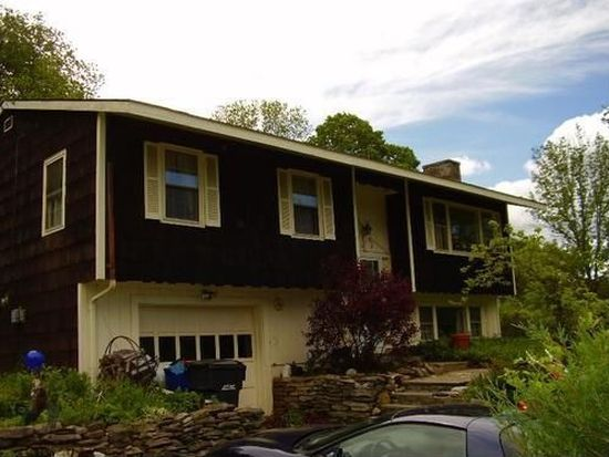 4 Prospect Dr, Brookfield, CT 06804