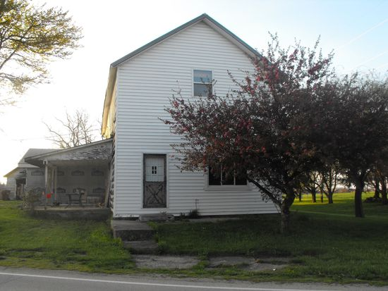 5536 Hogpath Rd, Greenville, OH 45331