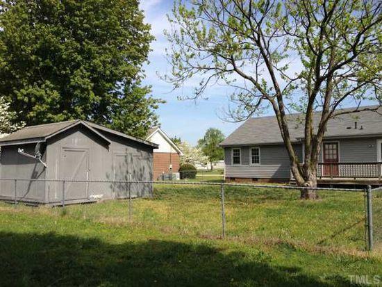 106 Crestview Dr, Dunn, NC 28334