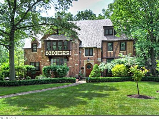 2758 W Park Blvd, Shaker Heights, OH 44120
