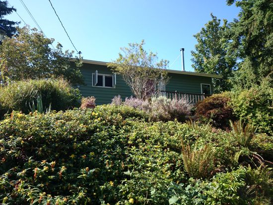 4929 SW Canada Dr, Seattle, WA 98136