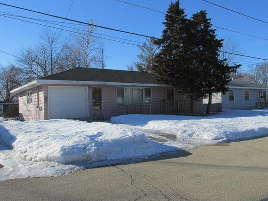 745 Carlson St, Sycamore, IL 60178