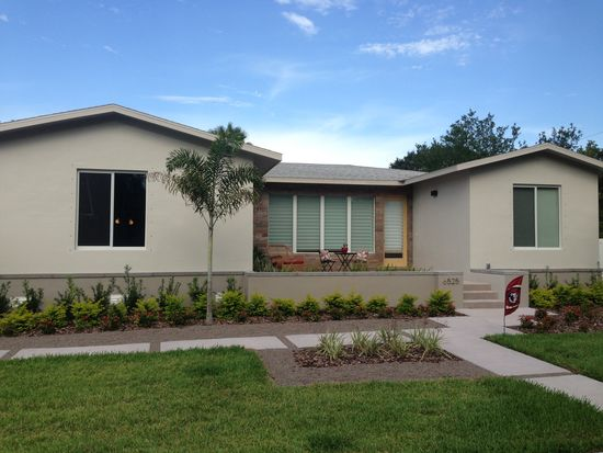 6525 Hobson St NE, Saint Petersburg, FL 33702