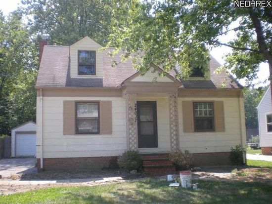 24017 Frank St, North Olmsted, OH 44070
