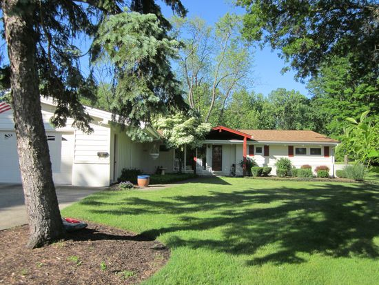 35910 Timberlane Dr, Solon, OH 44139