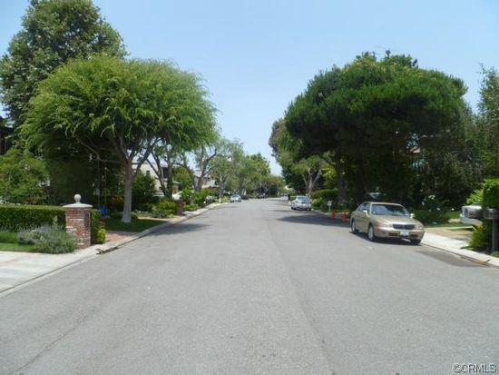 315 Snug Harbor Rd, Newport Beach, CA 92663