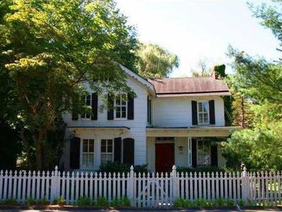 679 Oak Tree Rd, Palisades, NY 10964