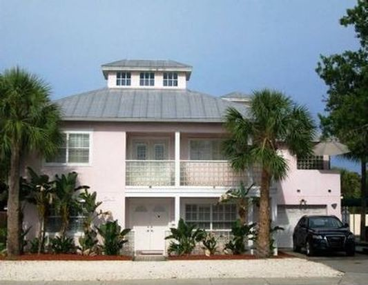 343 S Highland Ave, Clearwater, FL 33755