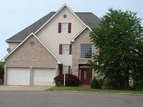 1210 Balsam Dr, Imperial, PA 15126