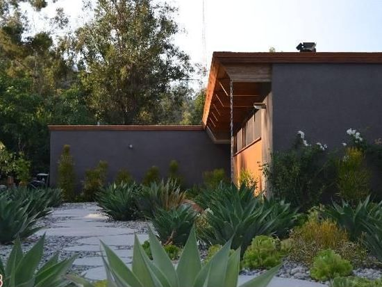 9043 Burroughs Rd, Los Angeles, CA 90046