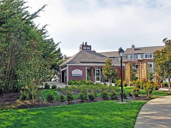 Pacifica Park Apartments, Evergreen